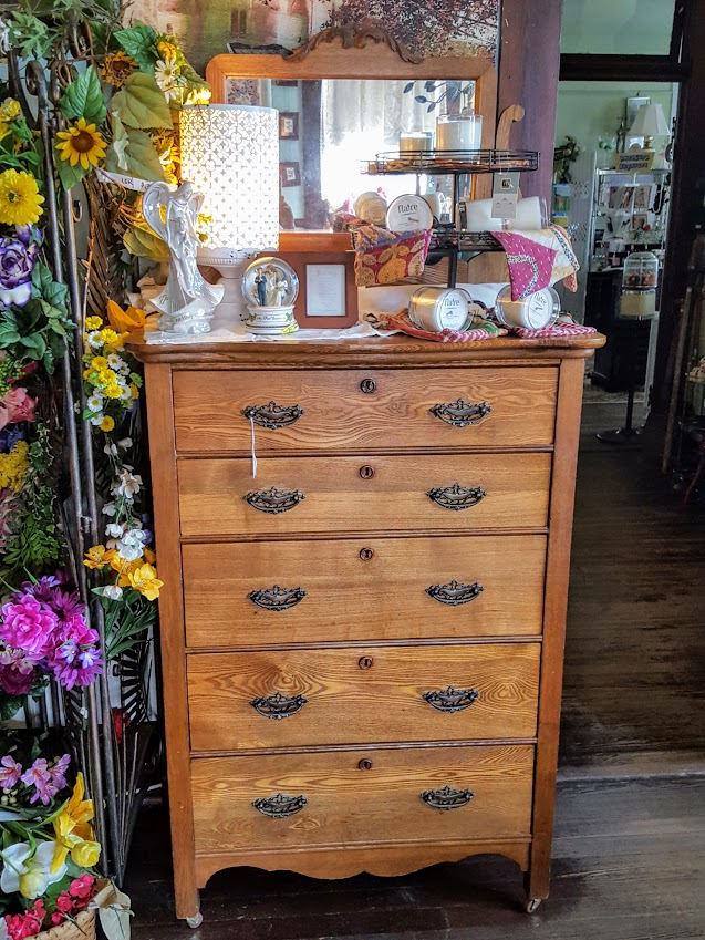 antique-oak-chest-of-drawers-w-mirror